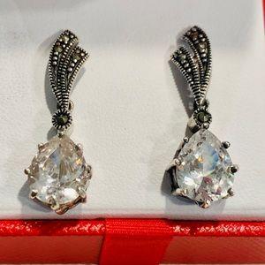 Sterling silver & Chrystal earrings